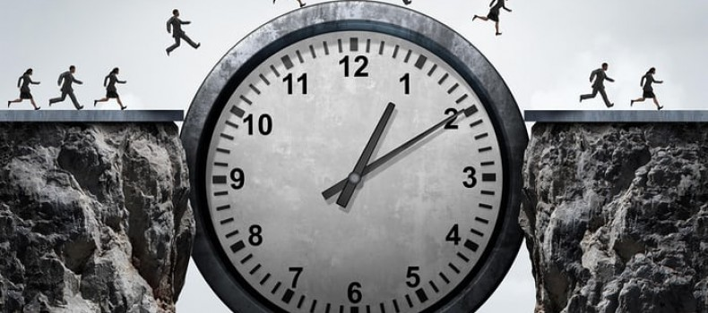 What are the best times to post on social media for maximizing engagement?